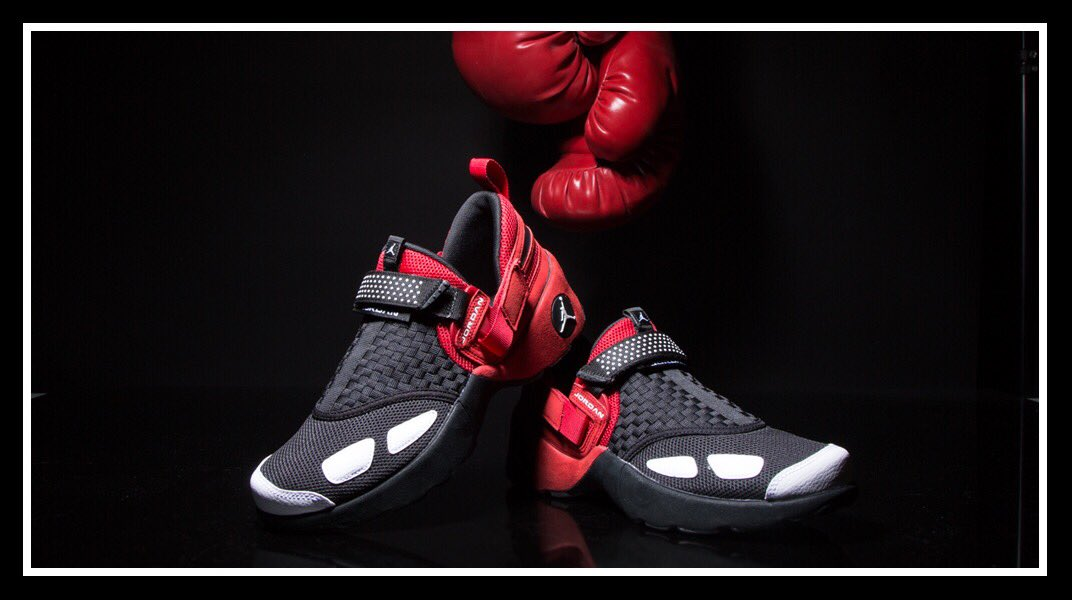 bbedd3d3a22cfa the og jordan trunner lx returns the original was worn by the great roy  jones jr