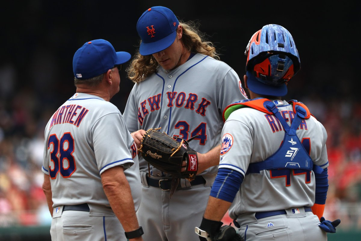 Noah Syndergaard leaves the game with an apparent arm injury https://t...