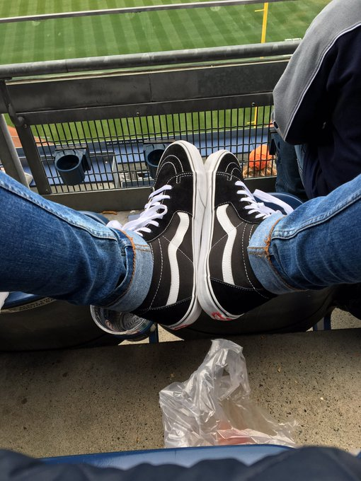 Happy birthday to me. Gotta rock the vans in honor of with my fit tho