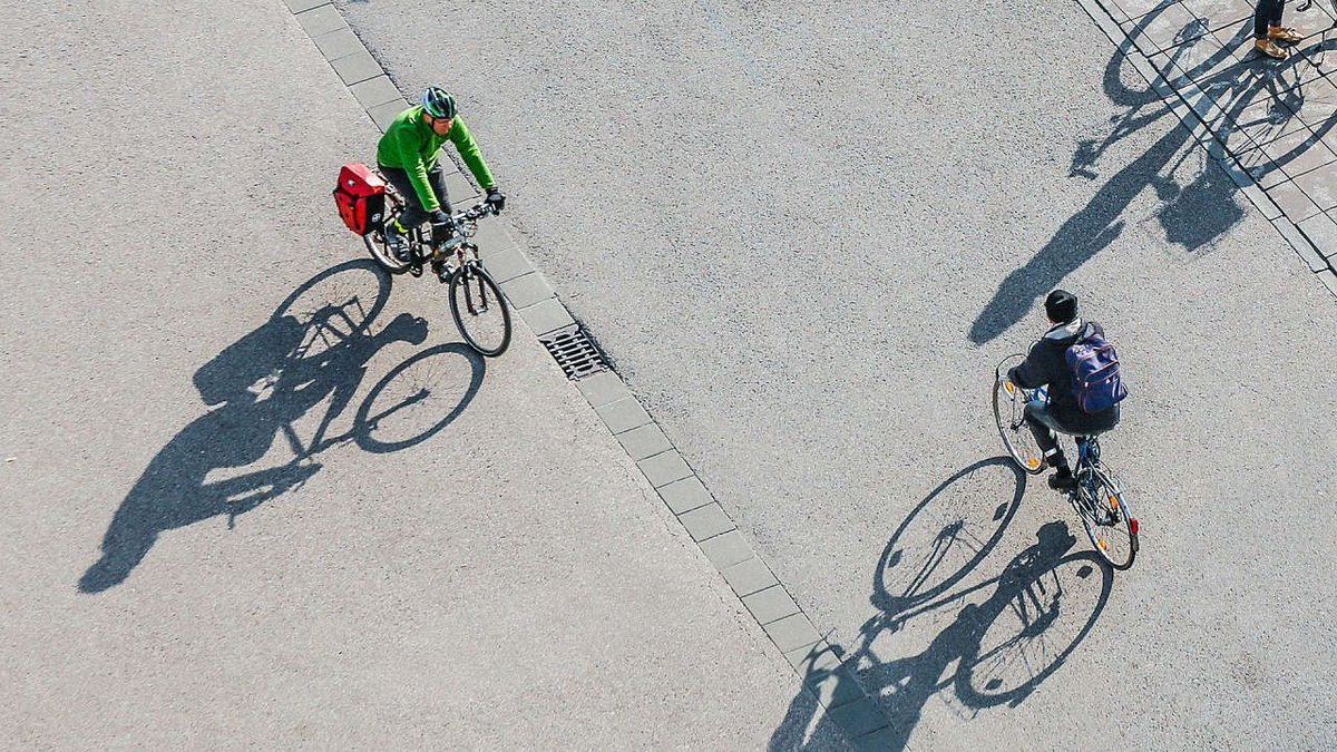 The easiest way to help save the planet: 🚲 get a bike 🚲 https://t.co/HPGB1kKi9T