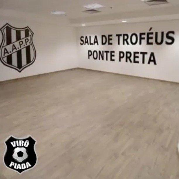Sala De Trofeus Da Ponte Preta.Milton Neves On Twitter Sala De Trofeus Da Ponte Preta Tem