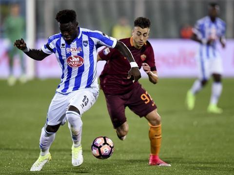 #Rediff Serie A: «Stop, basta»... Victime de chants racistes, Muntari quitte la pelouse de Cagliari https://t.co/Lx3Apqw1km