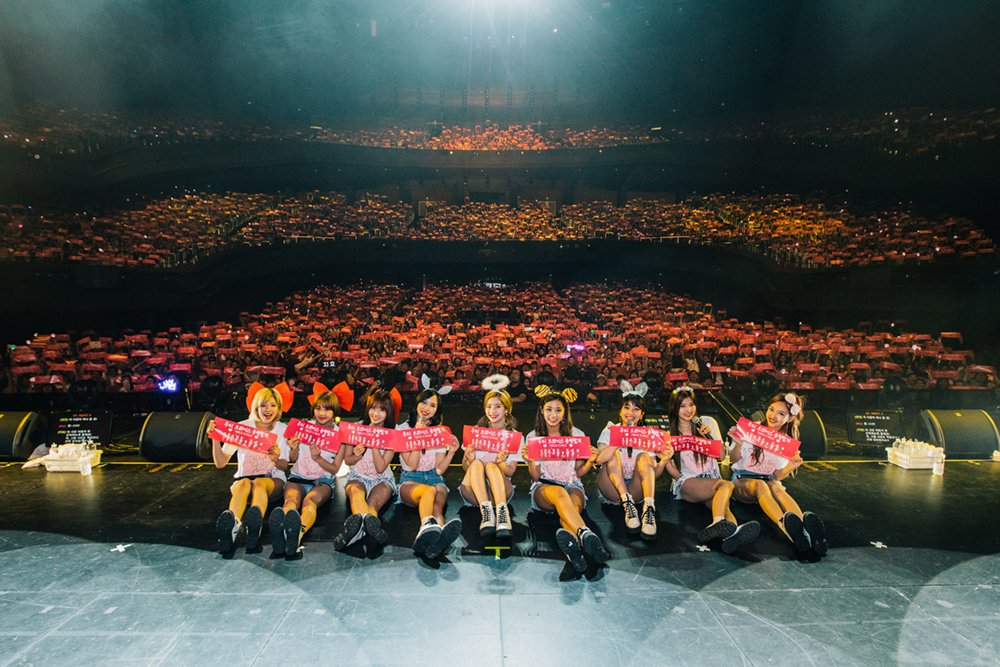 TWICE sells out all tickets to their first Singapore concert https://t...