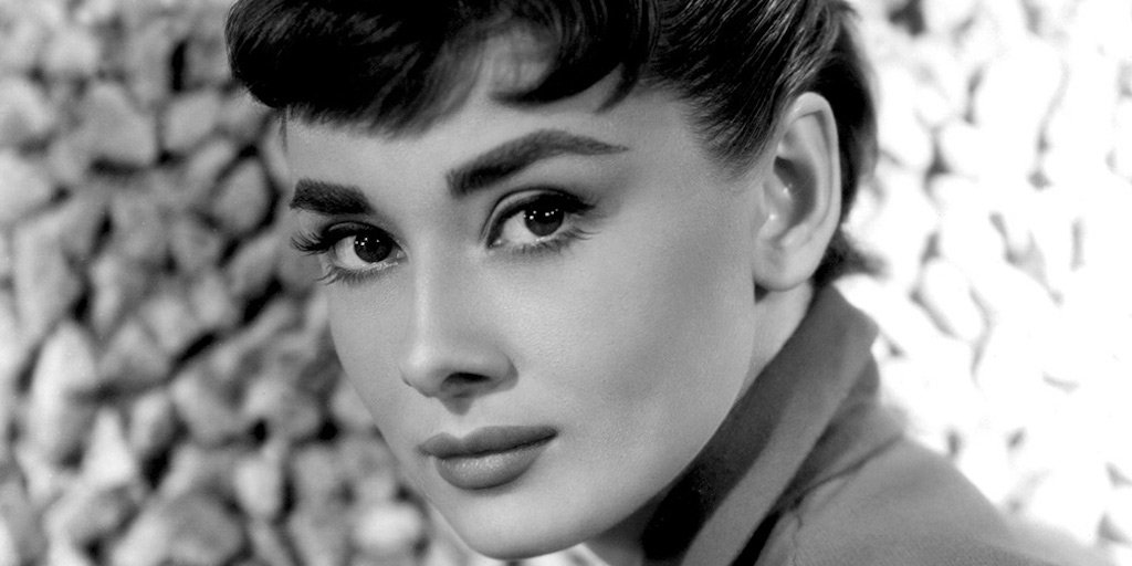 Vogue Arabia On Twitter The 15 Best Short Haircuts From Audrey