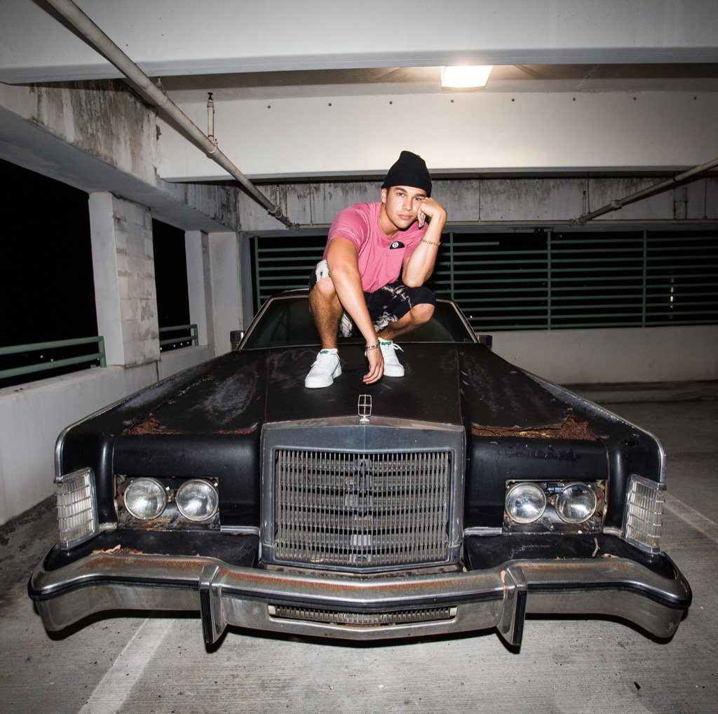 Check Out Austin Mahone S Wred Range Rover