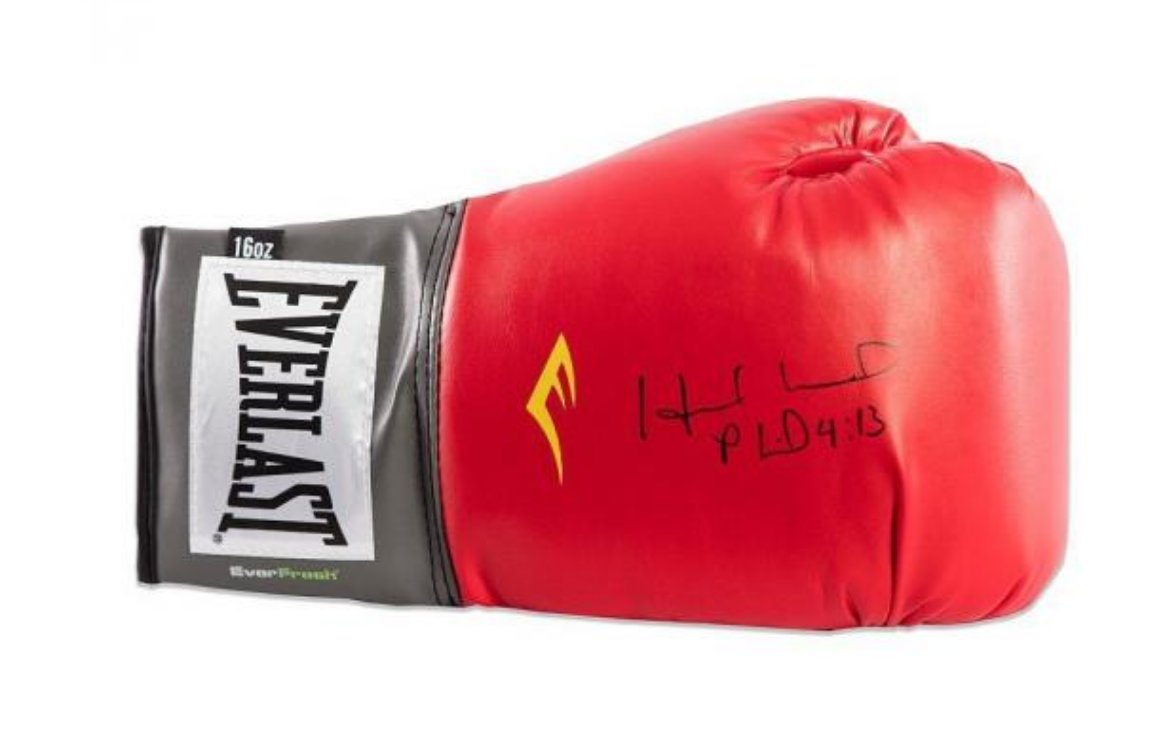 #follow #luck #retweet  Be the lucky new follower or the lucky number retweet and win a signed pair of Gloves!!!