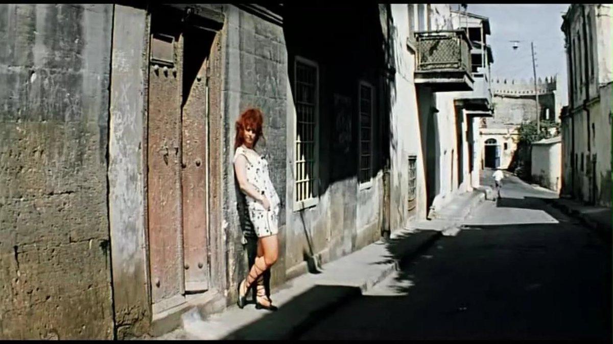 Из бриллиантовой фото проститутка руки
