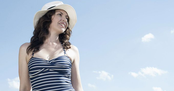 5 simple sun protection mistakes we're all making