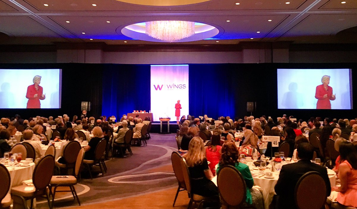 test Twitter Media - Best-selling author and financial expert @Erinbotsford shares her inspiring journey out of poverty. #liftwomenup #WiNGSDallas https://t.co/2dtKZdQfnQ