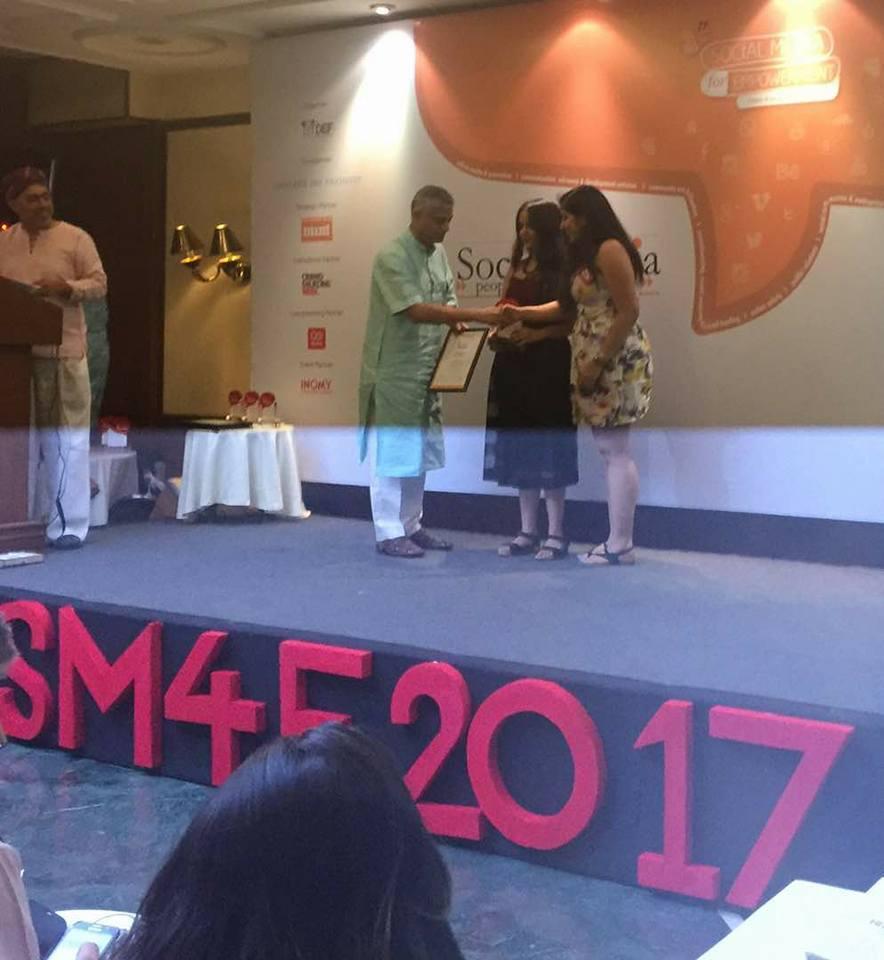 FII Wins #SM4E2017 Award For Our Campaign#DigitalHifazat https://t.co/eolUlLOaY5 https://t.co/pslhtB3Uig