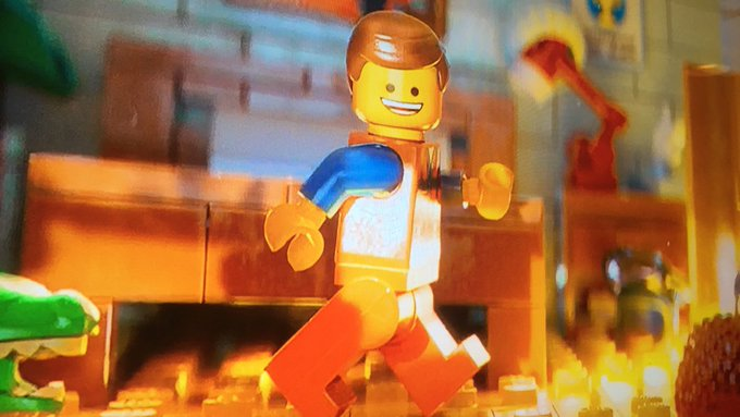 If you're a lego man you better hope your dick fits in that hand or there's no jerkin' off 😱 https://t