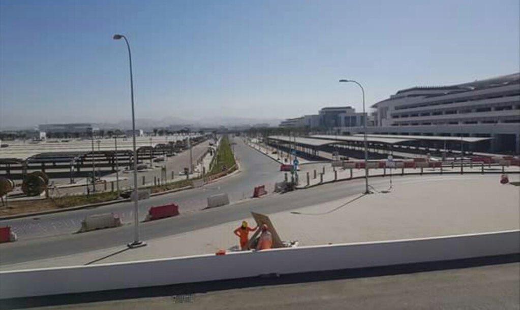 صور حديثة لـ مطار مسقط الجديد و التشطيبات النهائية له .