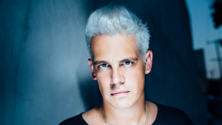 College campus provocateur Milo Yiannopoulos just got a huge book deal
