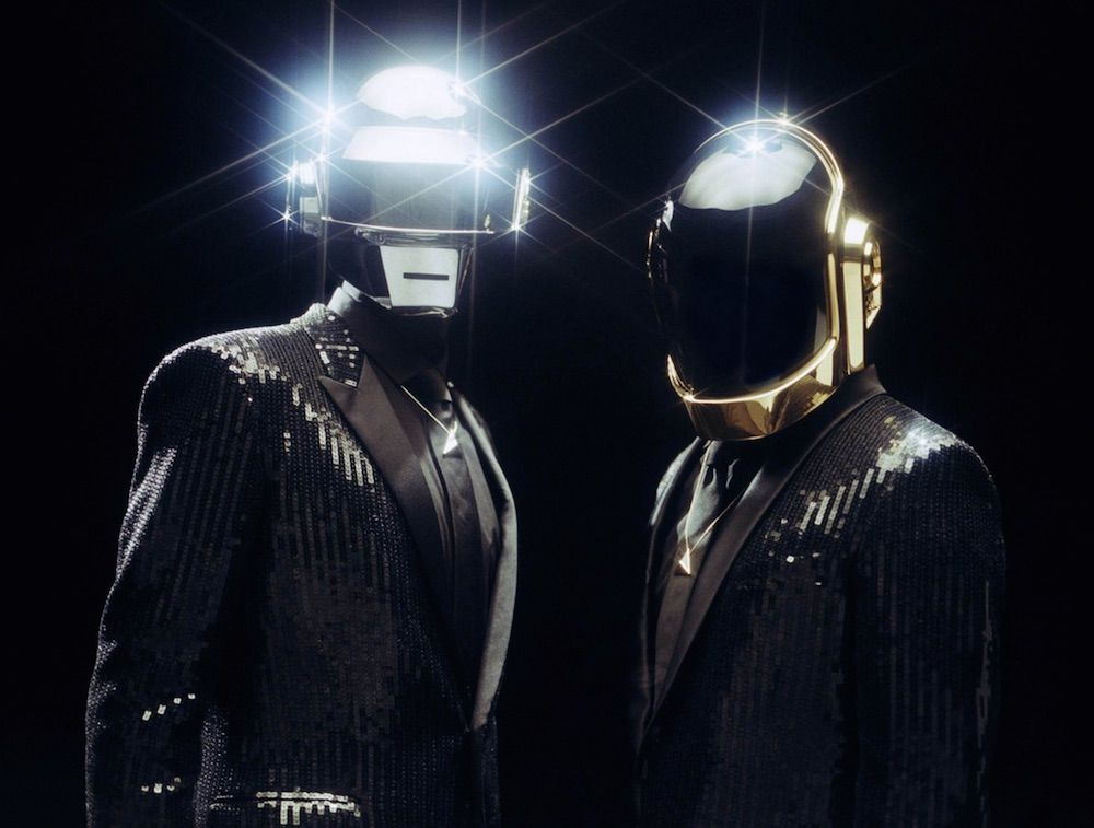 #DaftPunk just achieved their first-ever No. 1 single: https://t.co/rcXvbWC1z4 https://t.co/eHP1TjFExn