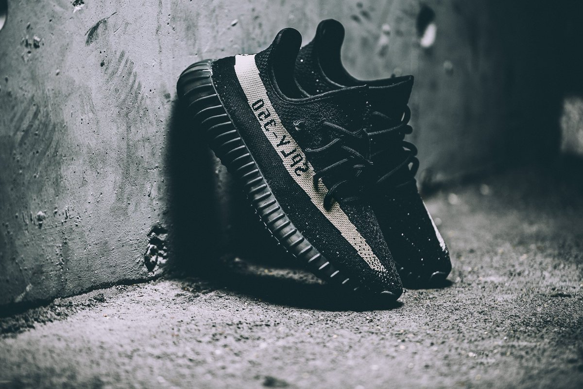 fba3a9349 Now selling for around £350 http   thesolesupplier.co.uk release-dates  adidas yeezy-boost-350-v2-black-white  …pic.twitter.com uRnrZ83XlO