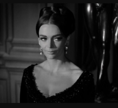 Happy birthday to one of the greats..The magical Barbara Steele https://t.co/YYf42Y3b7k