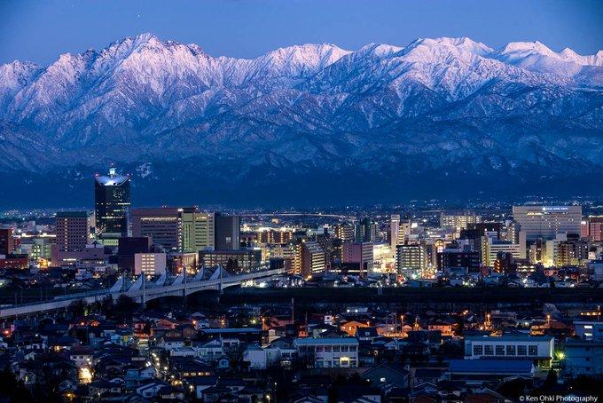 富山=テヘラン? 2つの都市を写...