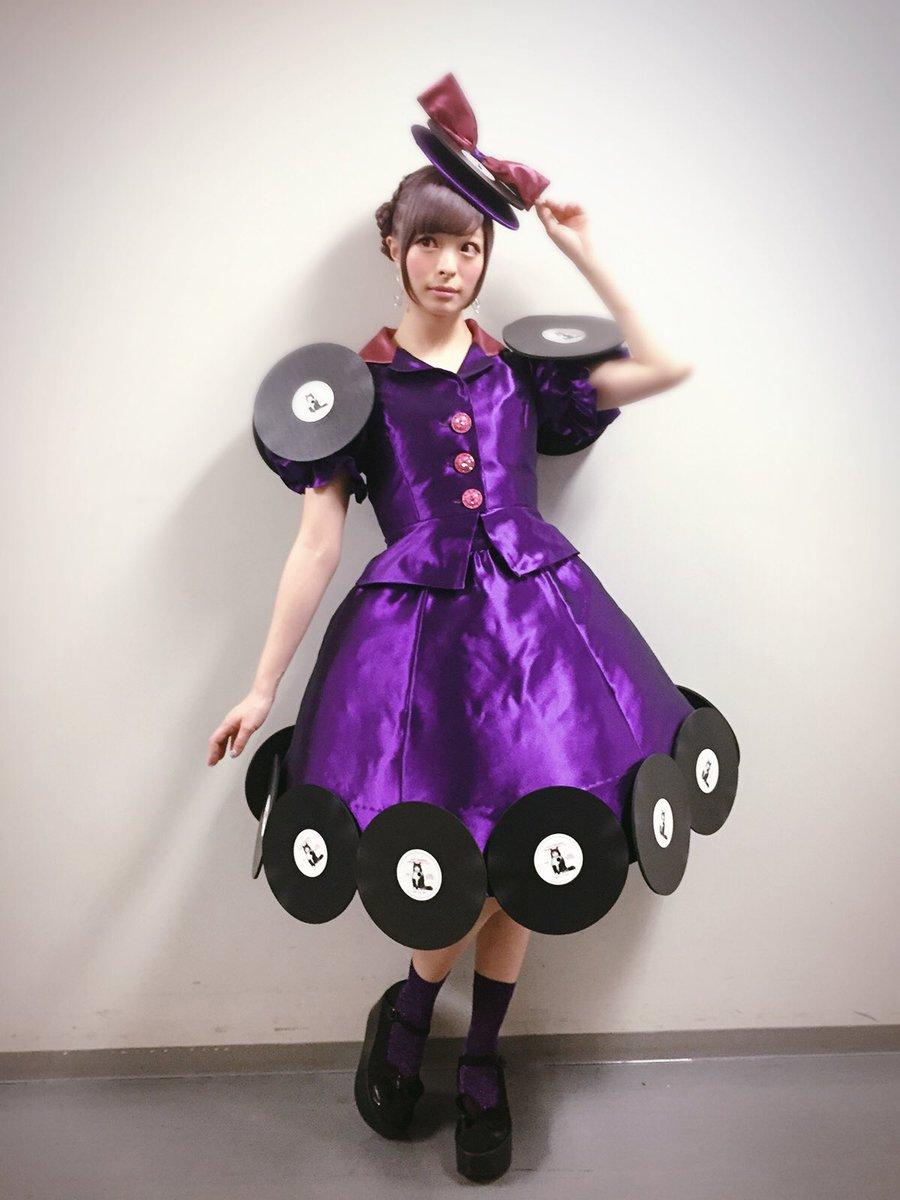 レコードドレスのきゃりーぱみゅぱみゅ