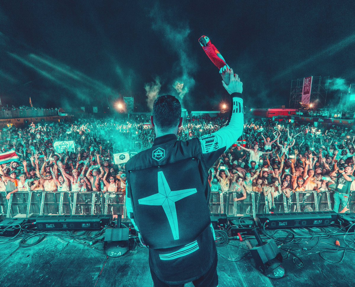 Don diablo on twitter greetings from costa rica kristyandbryce Gallery