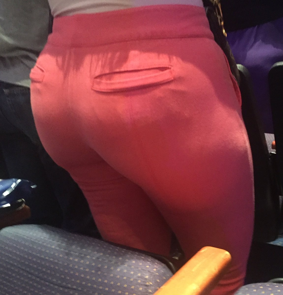 "10 Culos pillando culos on twitter: ""big ass 😈 @sexysights @ctangas"