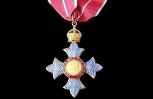 RT @cabinetofficeuk: The 2017 #NewYearsHonours are now published – view the full lists https://t.co/3NO2qq2tbQ https://t.co/NOVbZ8Nj93
