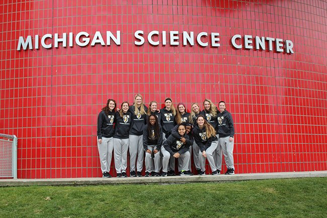 Read about our visit to the Michigan Science Center here: https://t.co/8EQJp12XC9 #HLWBB https://t.co/zQtjg56SWb
