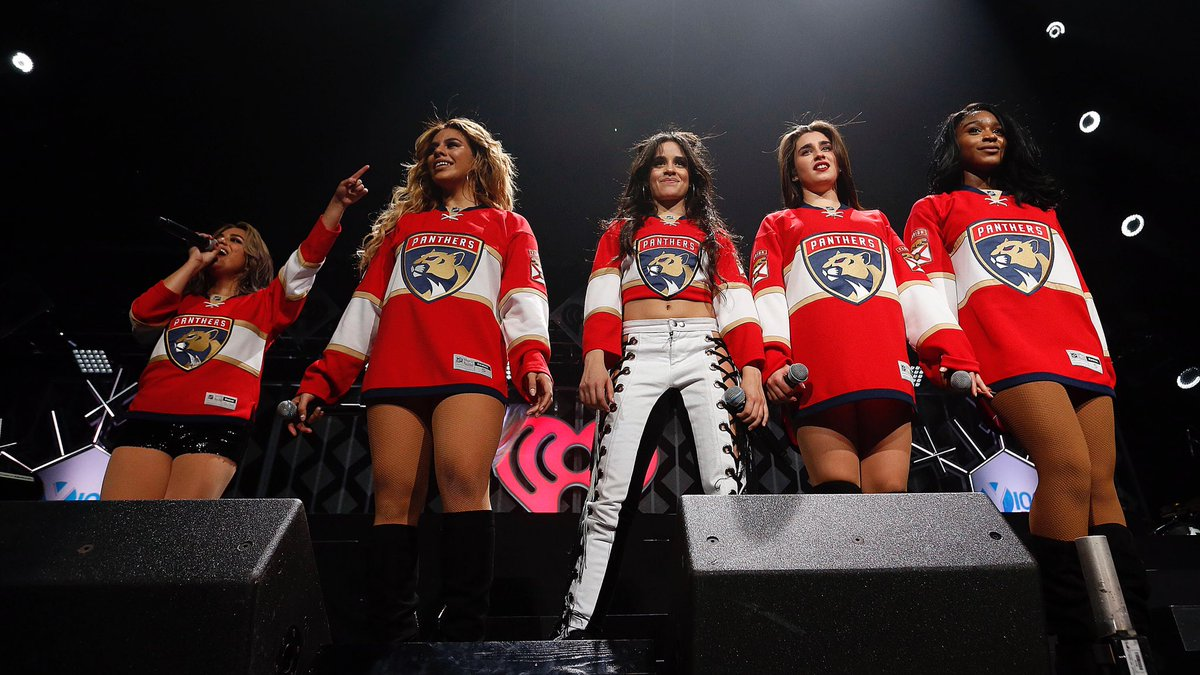 .@FifthHarmony repping the home team at #Y100JingleBall
