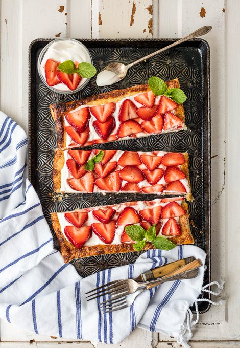 Super Easy Puff Pastry Strawberry Tart