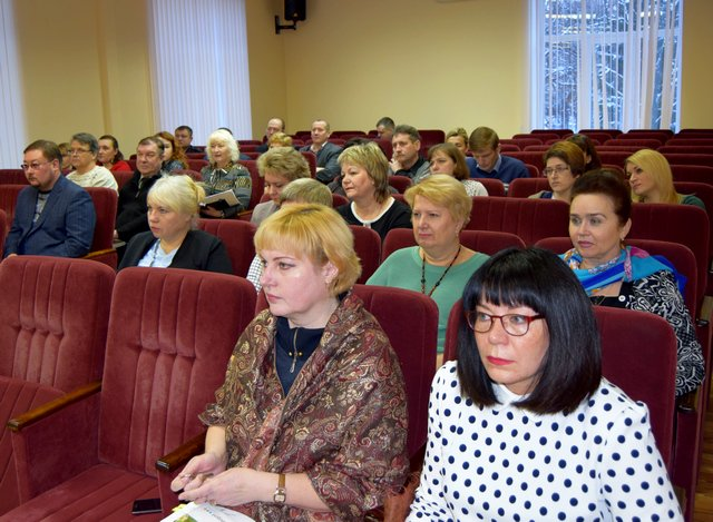 Глава администрации Узловского района Николай Терехов провёл оперативное совещание