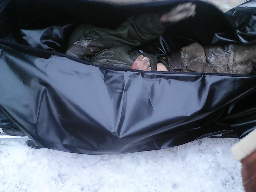 С начала текущих суток боевики уже осуществили 6 обстрелов, в районе Луганского бьют до сих пор, - штаб - Цензор.НЕТ 1051