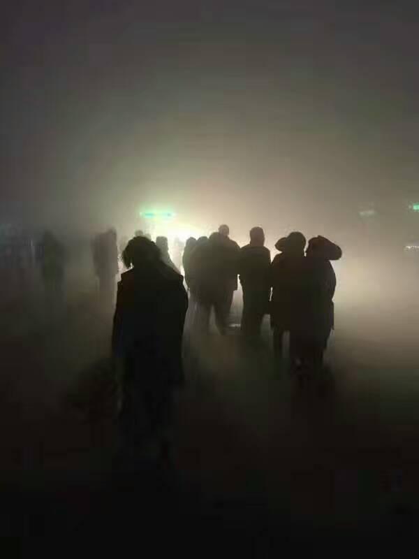 """雾霾!河北多地""""爆表""""像地狱 石家庄PM2.5破千"""