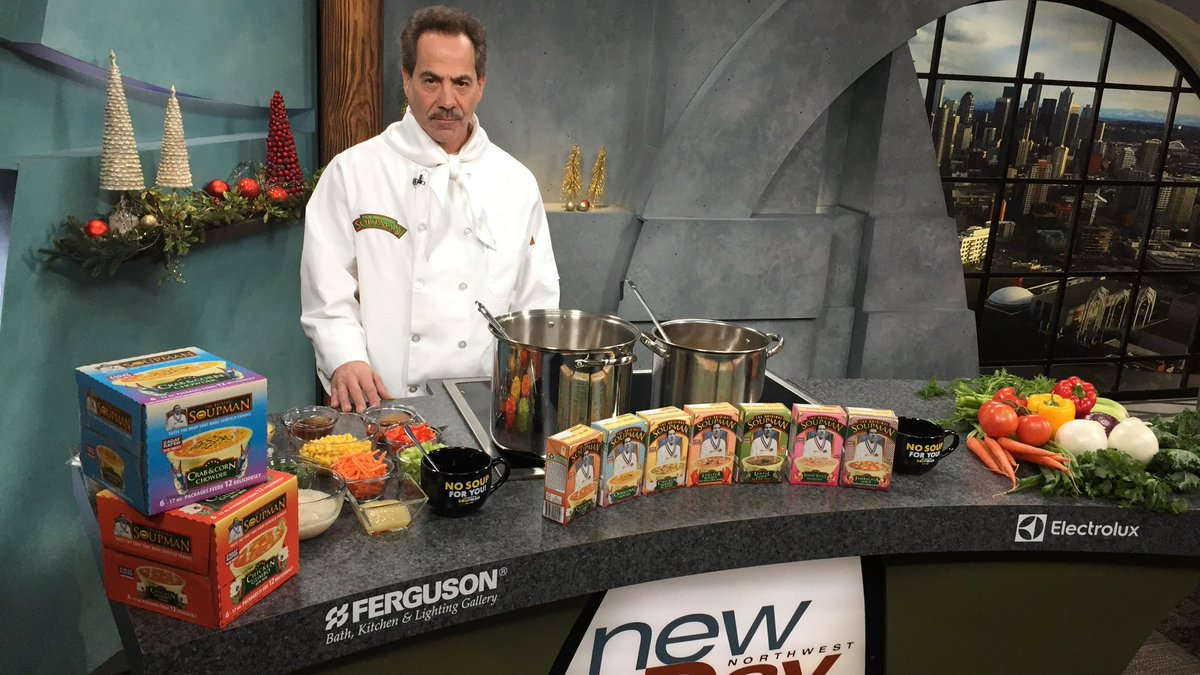 First up on #NewDayNW: Soup for you! The Seinfeld Soupman @RealSoupNazi is here cooking for us! Tune in! https://t.co/zS1LUOn14m