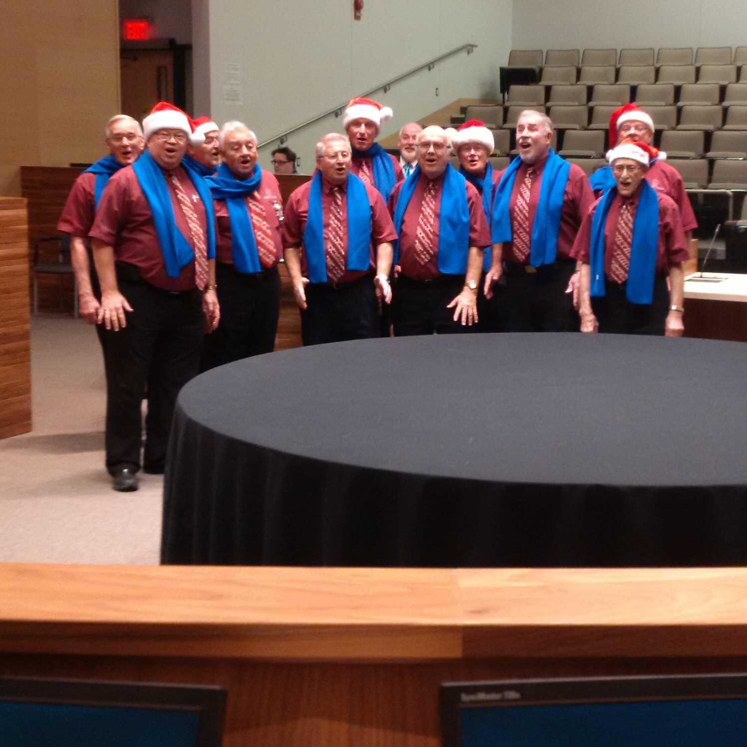 Pre-City Council meeting entertainment courtesy of The Baker's Dozen @cityofguelph https://t.co/ByEXwqkOem