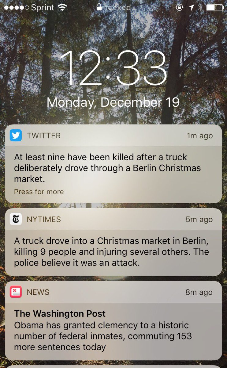 Twitter Tests Breaking News Push Notifications