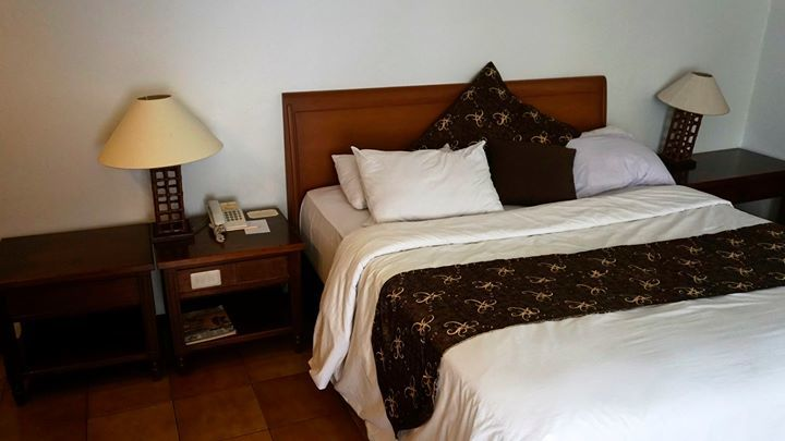 Cottage Room, Hotel Mesra Bernuansa Resort Dengan Fasiltas Memadai #hotelkeluarga #hotelsa… http://ift.tt/1kidiXa