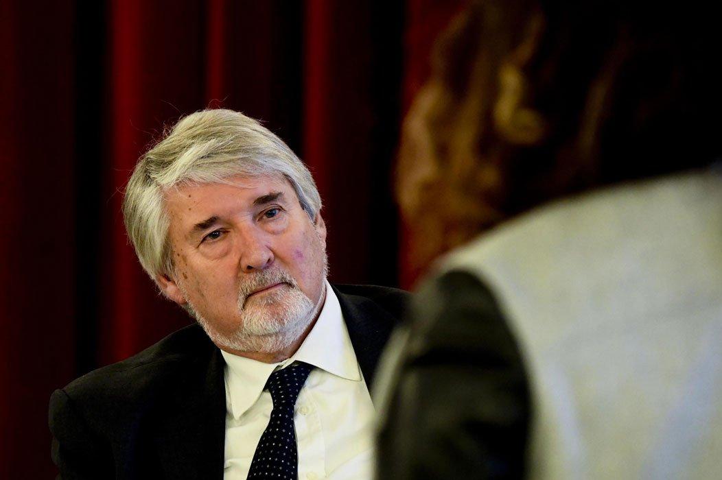 Caro #Poletti avete fatto di noi i camerieri d'Europa LA LETTERA https://t.co/NnHlCG4gVx