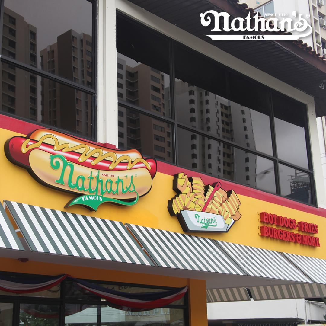 Nathan S Hot Dogs Panama