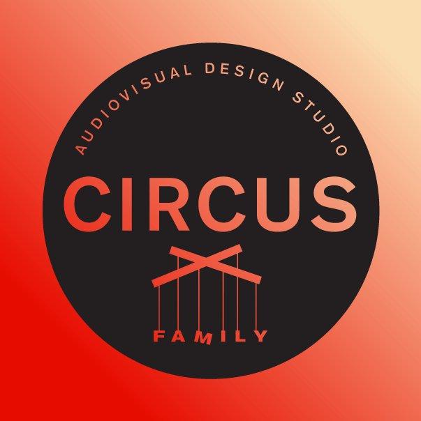 circusfamily photo