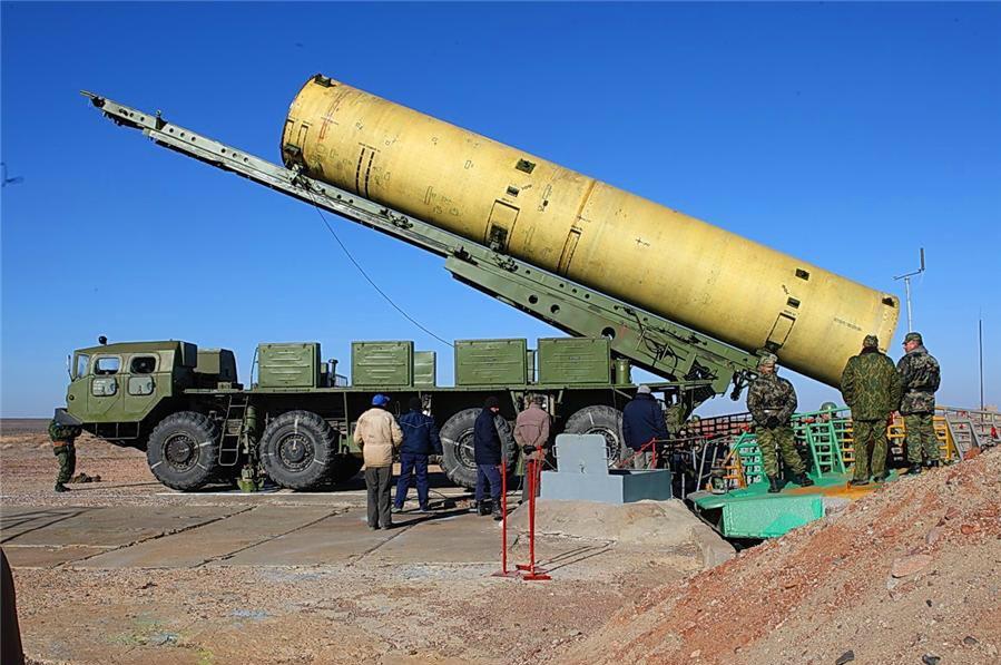 """O PL-19 Nudol (A-235) é uma arma chamada """"anti-satélite de ascensão direta""""."""