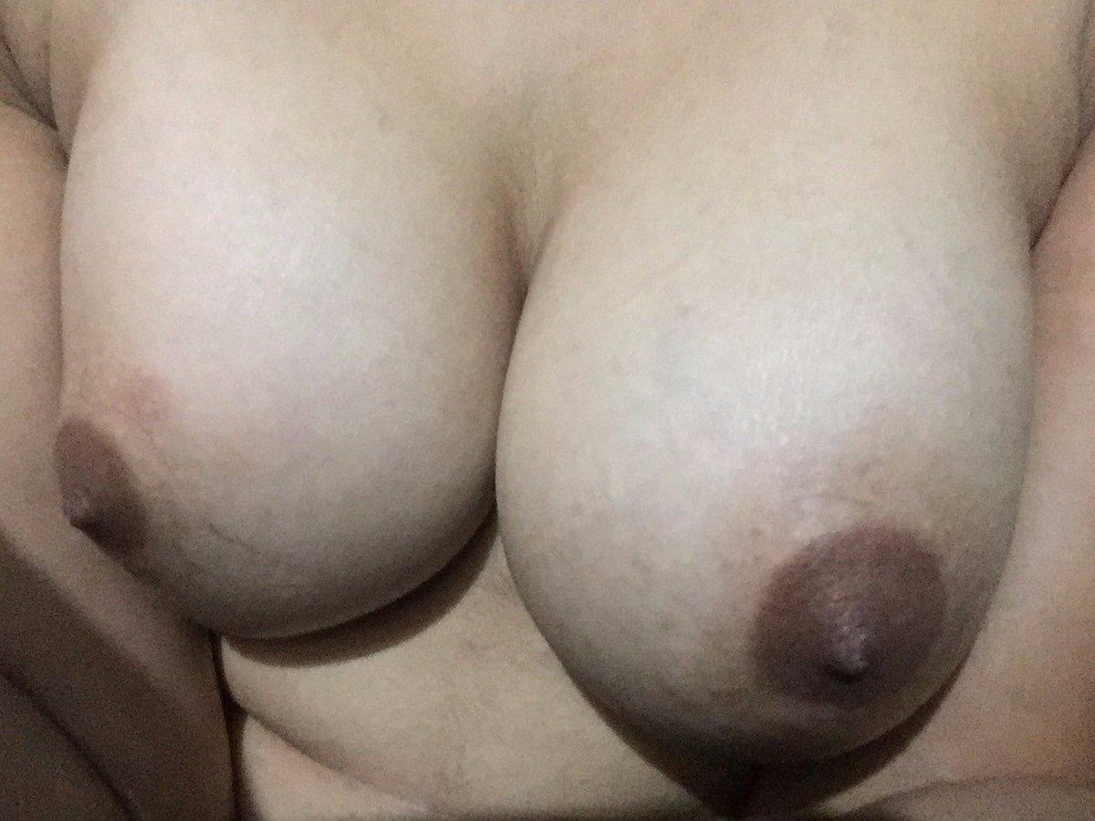 Nude Selfie 9913