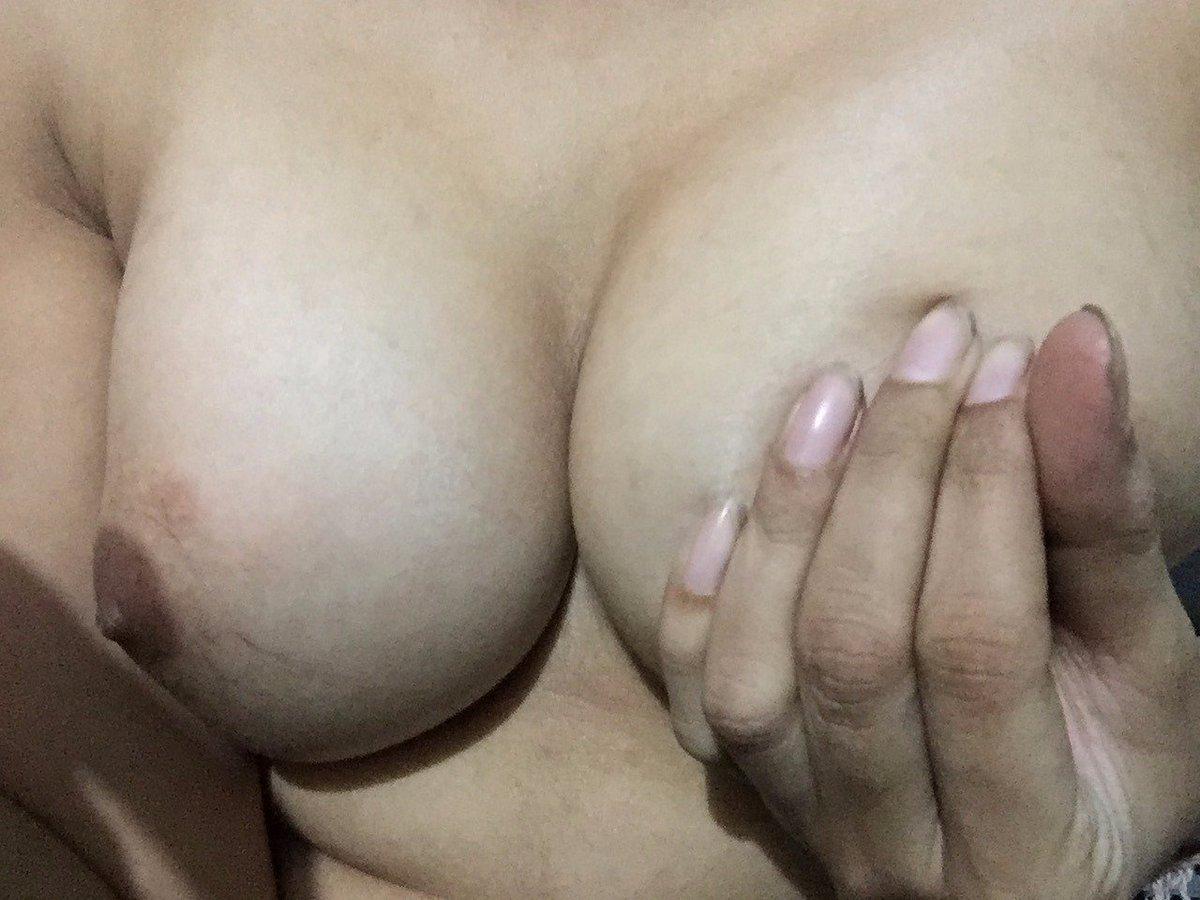 Nude Selfie 9914