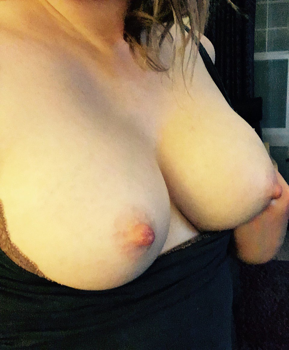 Nude Selfie 9926