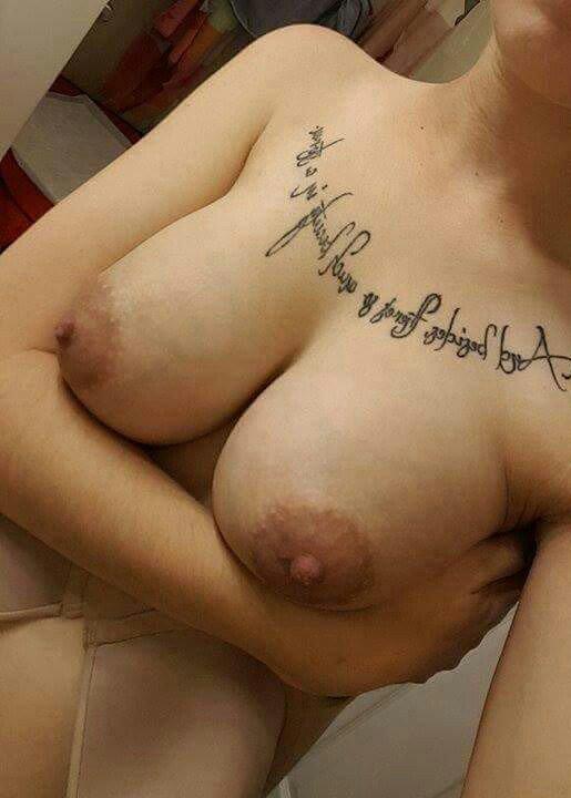 Nude Selfie 9922