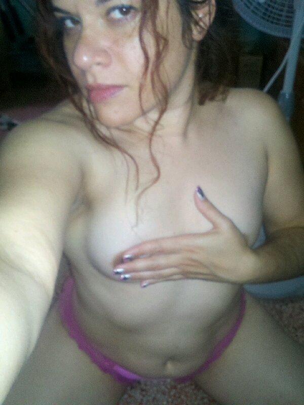 Nude Selfie 9938