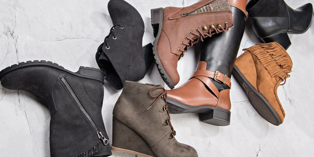 Shop shoes and accessories for the whole family in stores and online! Find great deals on boots, sandals, sneakers, heels, handbags, and more at Shoe Carnival!