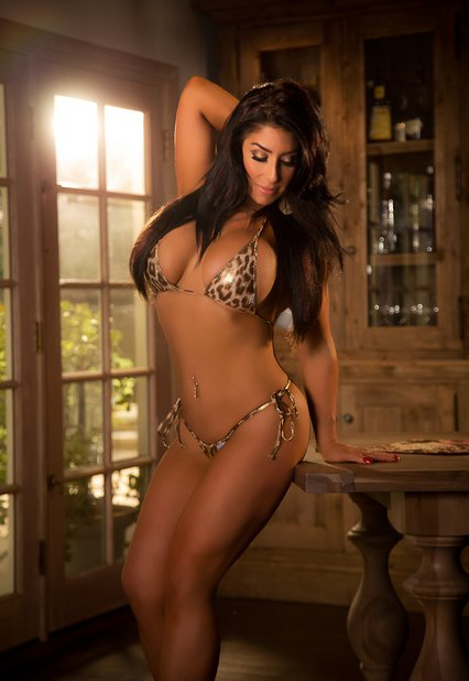 Raven Hart Nude Photos 35