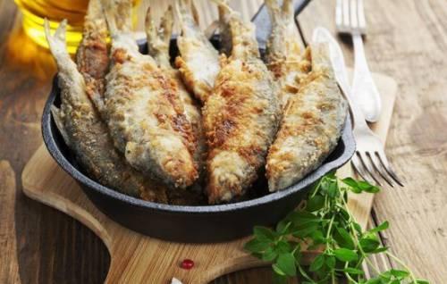 Рыба жареная в сухарях рецепт с фото