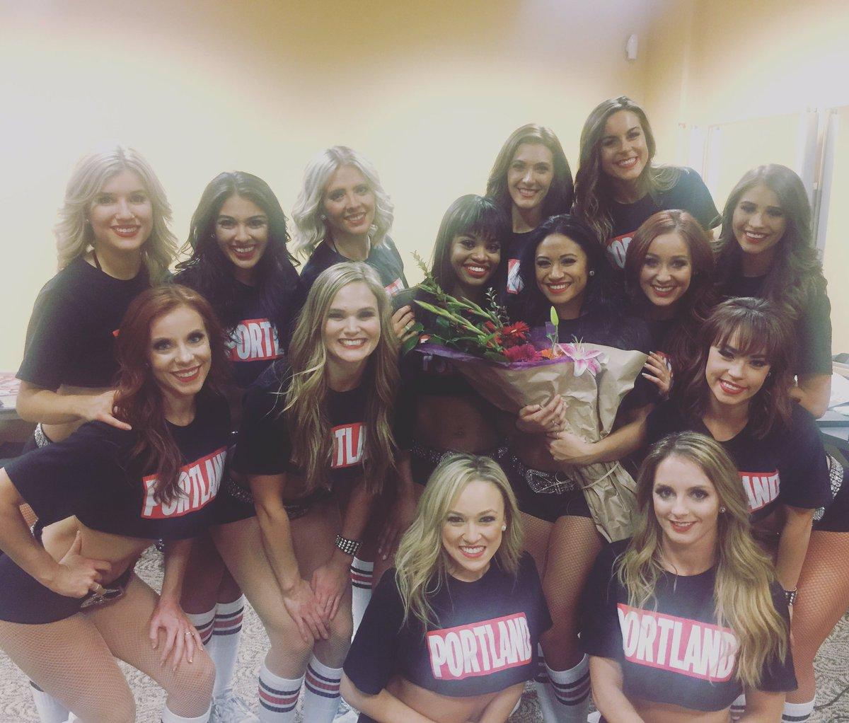 2017 Nba All Star Dance Team Portland Blazerdancer Candice