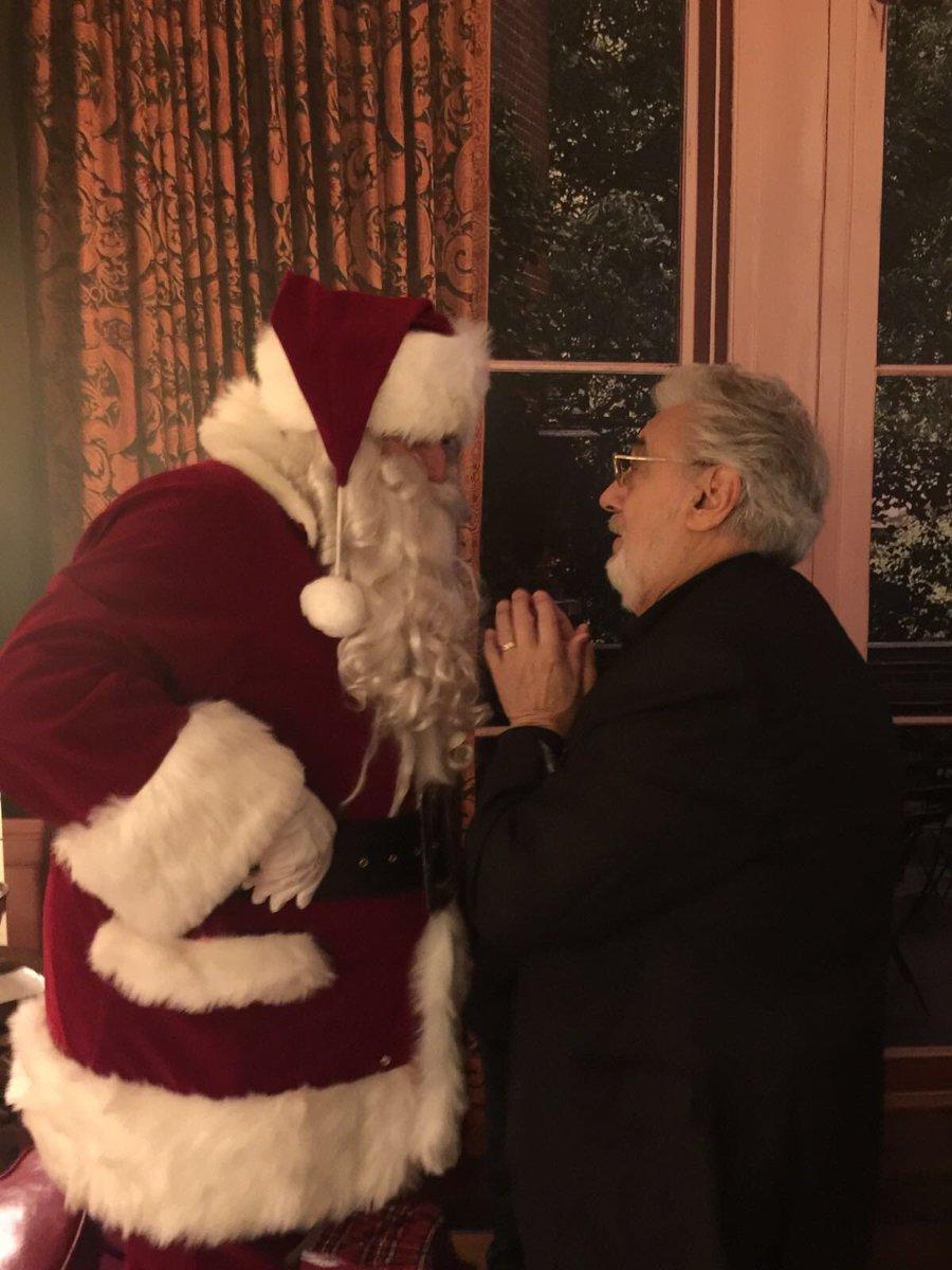 Placido Domingo Feliz Navidad.Placido Domingo On Twitter My Christmas Wish World Peace