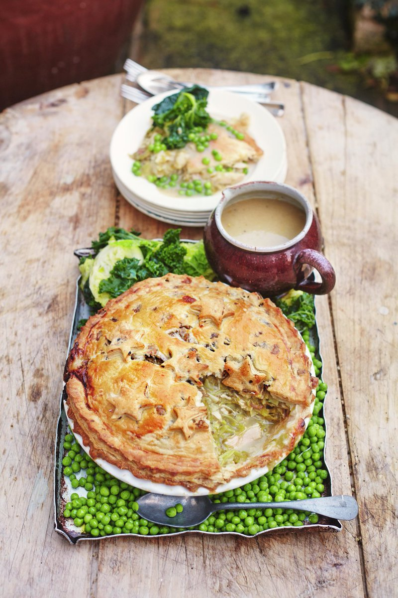 Jamie oliver on twitter yes i love leftovers this turkey pie jamie oliver on twitter yes i love leftovers this turkey pie from my xmas book is just the trick check out my leftover tools too guys forumfinder Images